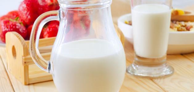 الحليب خالى الدسم مقابل كامل الدسم