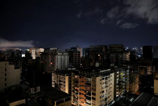 الظلام-يسيطر-على-كاراكاس