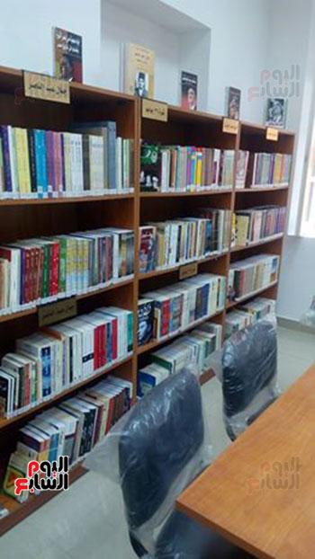 مكتبة جمال عبد الناصر  (4)