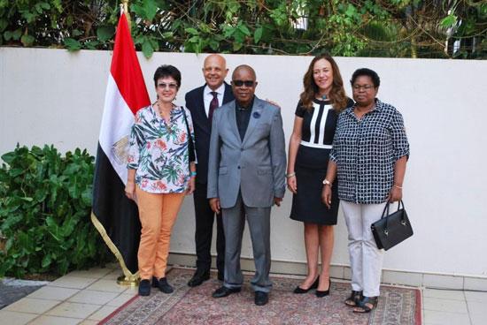 السفارة المصرية فى أنجولا (10)