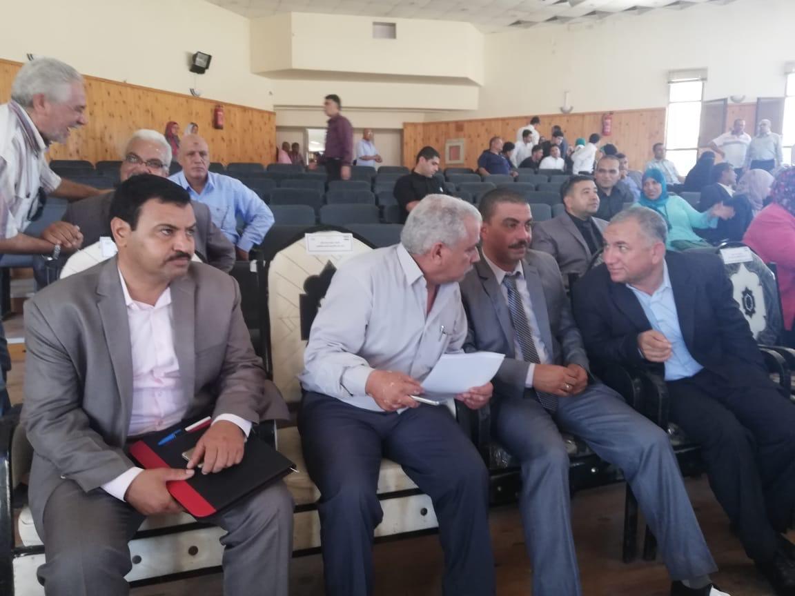 محافظ شمال سيناء يفتتح فرع لأكاديمية المعلمين (1)