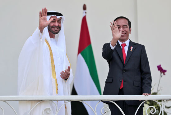 استقبال حافل لولى عهد أبو ظبى فى إندونيسيا (6)
