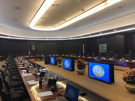 قاعة اجتماعات الحكومة الجديدة بالعلمين (1)