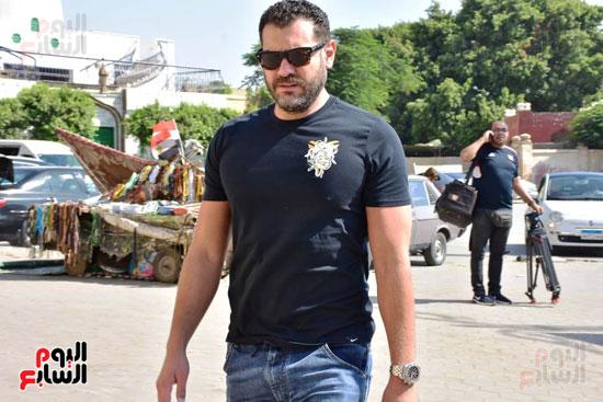 الفنان عمرو يوسف