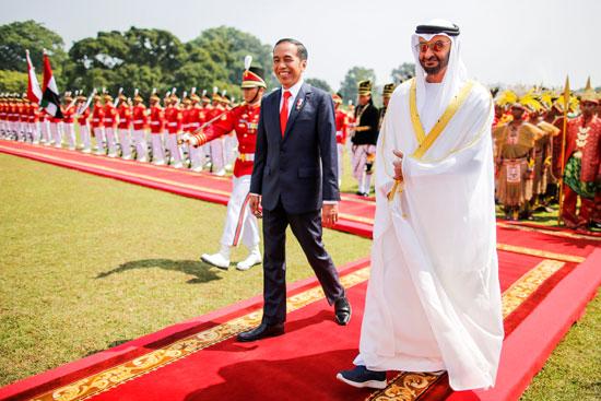 استقبال حافل لولى عهد أبو ظبى فى إندونيسيا (1)