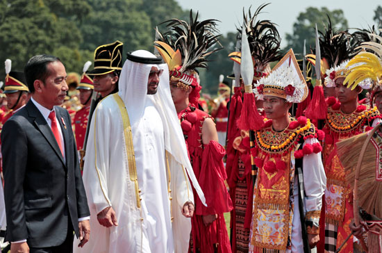 استقبال حافل لولى عهد أبو ظبى فى إندونيسيا (7)