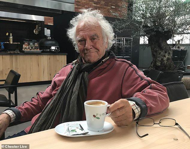 أنا صح..عجوز يرفض دفع غرامة مرورية بـ 50 إسترليني ويواجه السجن.. أعرف القصة؟ (1)
