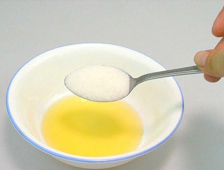 خلط السكر بالزيت