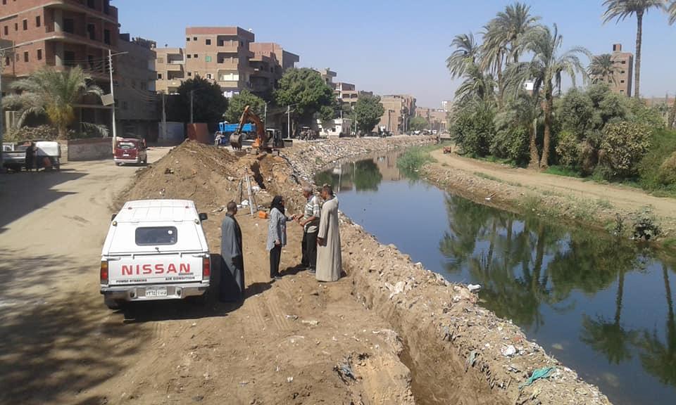 أعمال تطوير طريق الدير (1)