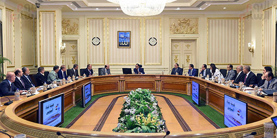مصطفى مدبولى لرؤساء شركات هيئة قناة السويس لن نسمح بخسارة أى شركة (2)