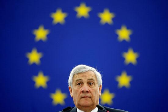 رئيس البرلمان الأوروبى التاجانى يلقى خطابا خلال جلسة التصويت لانتخاب الرئيس الجديد للبرلمان الأوروبى