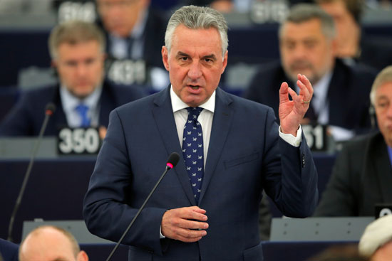 التشيكى جان زهراديل المرشح لرئاسة البرلمان الأوروبى