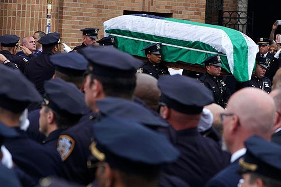 Former New York police investigator Luis Alvarez
