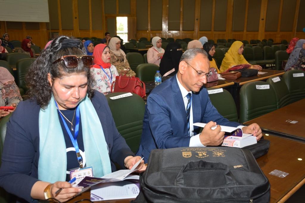 جامعة أسيوط تعلن عن أهم توصيات المؤتمر الدولي الثاني لكلية رياض الأطفال  (6)