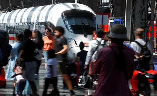محطة فرانكفورت بعد الحادث
