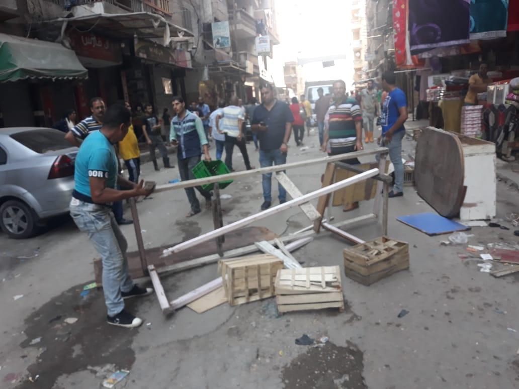 حملات مكبرة وغرامات مالية فورية لإزالة إشغالات الطريق شرق الإسكندرية (2)