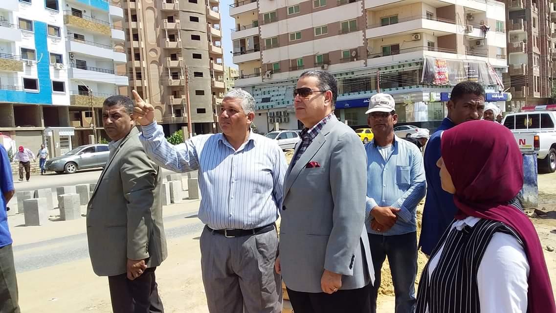 محافظ بنى سويف يتفقد تطوير كورنيش النيل  (7)