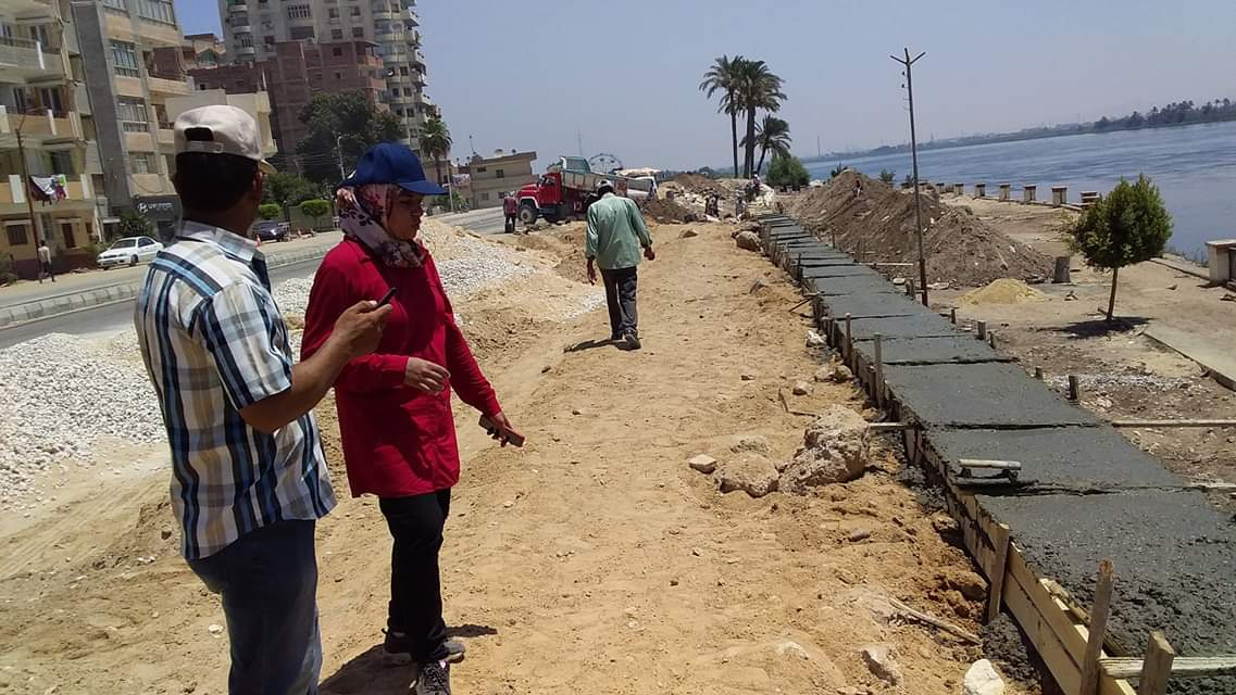 محافظ بنى سويف يتفقد تطوير كورنيش النيل  (4)