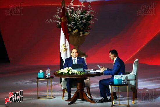 مؤتمر اسأل الرئيس (15)