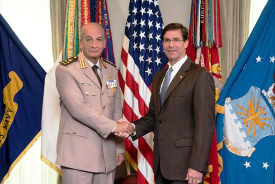وزير-الدفاع--يعود-للقاهرة-بعد-زيارة-رسمية-للولايات-المتحدة-لبحث-مجالات-التعاون-المشترك-(1)
