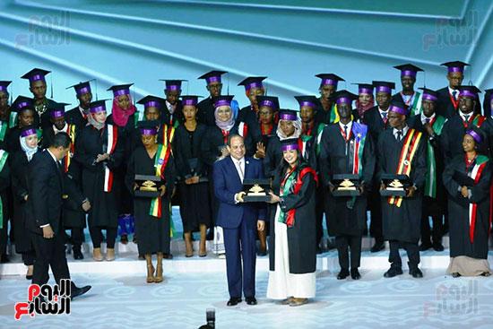 الرئيس مع شباب مصر