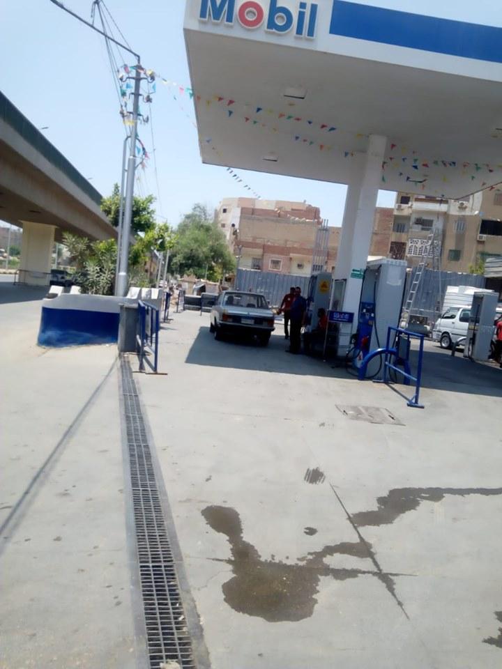 محطات الوقود والمواقف (2)