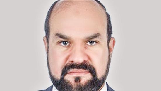 مصطفى-عبد-المعز