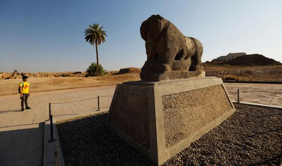 قطعة أثرية فى مدينة بابل الأثرية