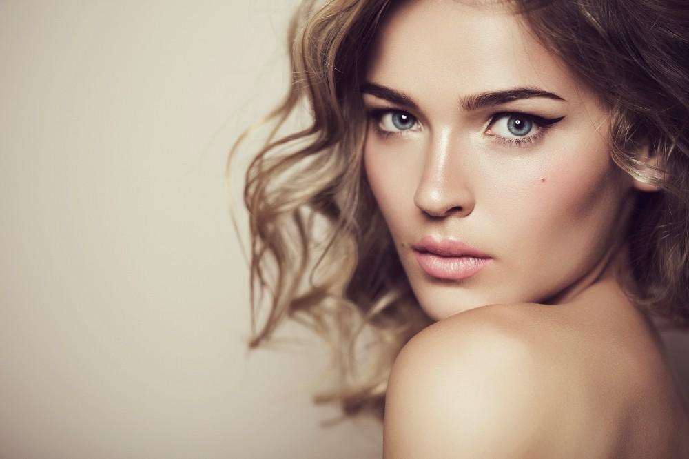 المرأة الجميلة فى اللغة العربية (2)