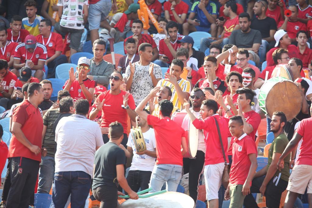 الجماهير فى مباراة مصر وجنوب أفريقيا  (2)