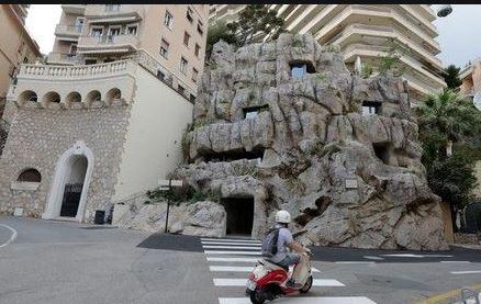 فيلا منحوتة فى الصخر  (4)