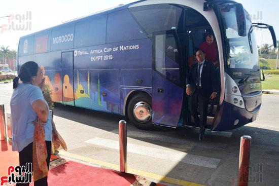 منتخب المغرب يغادر القاهرة (1)