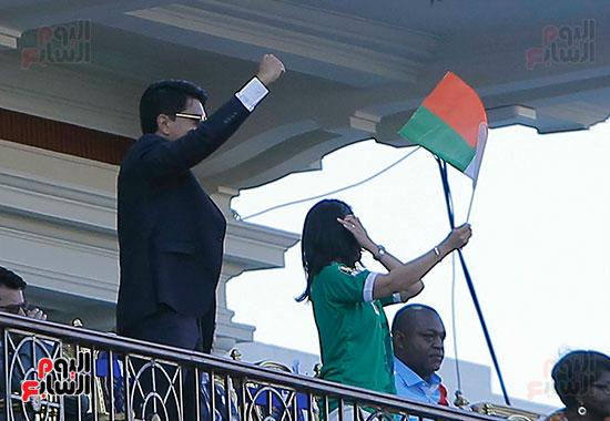 مدغشقر والكونغو (25)
