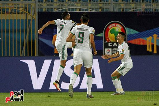 الجزائر وغينيا 0 (18)