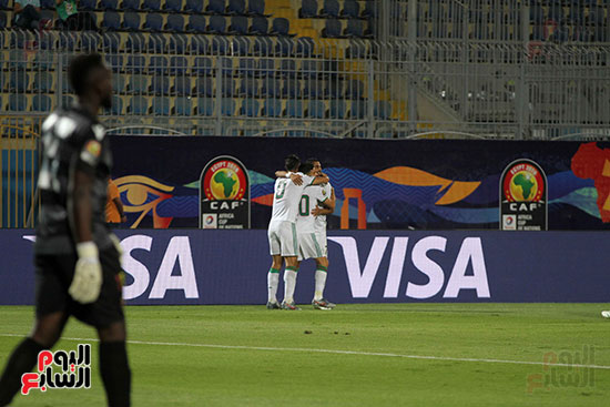 الجزائر وغينيا 0 (22)