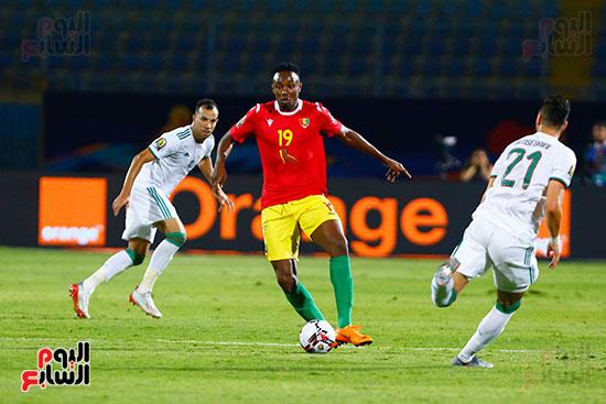 الجزائر وغينيا 0 (9)
