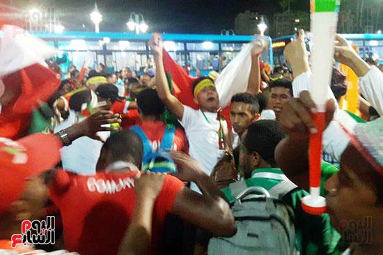 فرحة-جماهير-مدغشقر-بفوز-فريقهم--(4)
