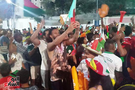 فرحة-جماهير-مدغشقر-بفوز-فريقهم--(18)