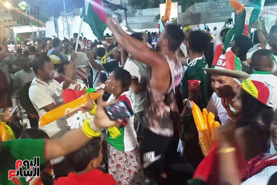 فرحة-جماهير-مدغشقر-بفوز-فريقهم--(28)