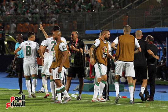 الجزائر وغينيا 0 (25)