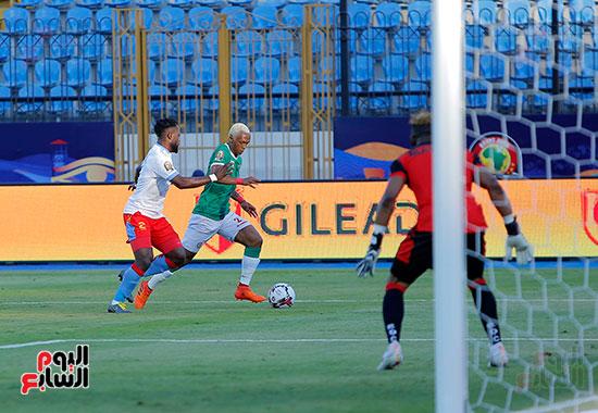 مدغشقر والكونغو (33)