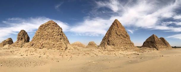 Nuri-pyramids_0
