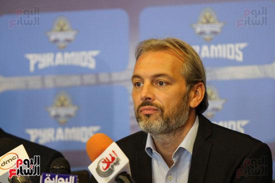 الاعلان عن مدرب بيراميدز الجديد  (2)