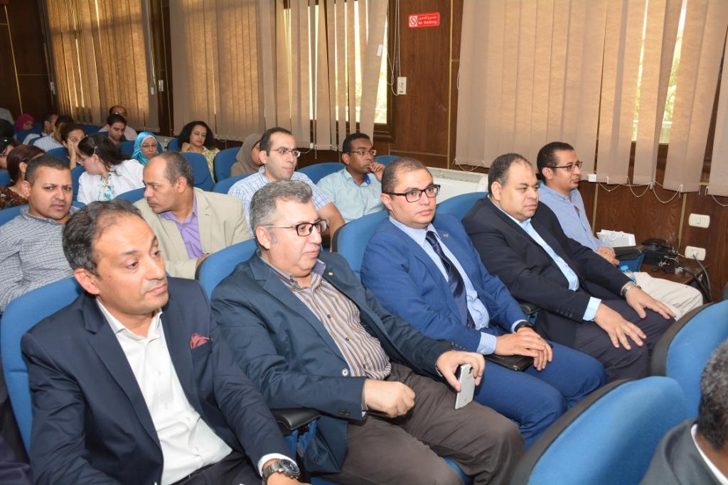 انطلاق المؤتمر العلمى لأمراض القلب والأوعية الدموية بجامعة أسيوط (4)