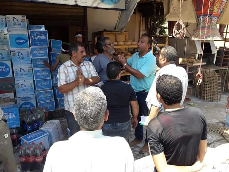 جولة رئيس مدينة قويسنا على المحلات والمخابز  (1)