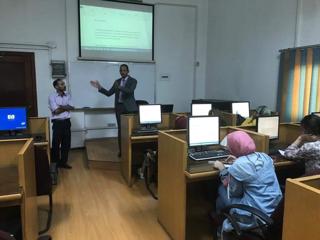 بدء فعاليات التدريب الميدانى على الترجمة الصحفية لطلاب ألسن (1)