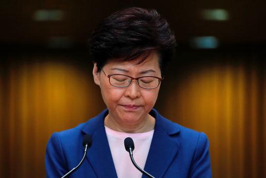 الرئيسة التنفيذية لهونج كونج