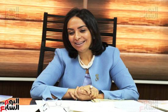 الدكتورة مايا مرسى رئيسة المجلس القومى للمرأة (6)