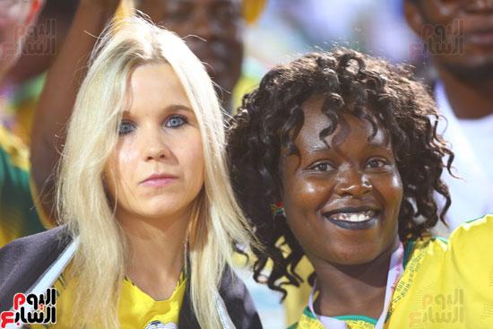 مشجعات فى امم افريقيا