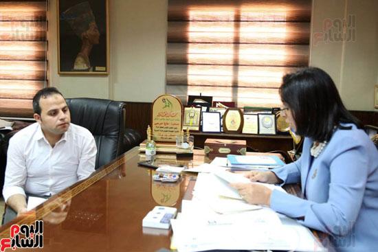 الدكتورة مايا مرسى رئيسة المجلس القومى للمرأة (1)
